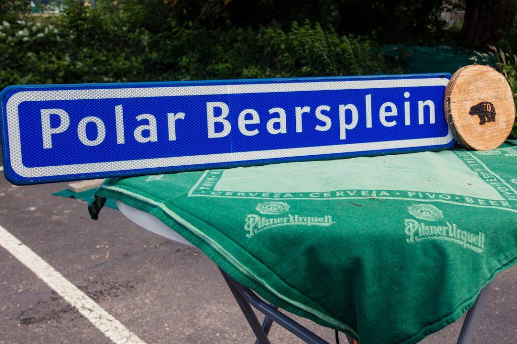 bordje polar bears plein